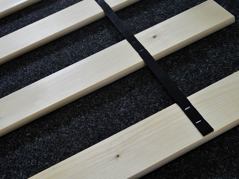drewniany stelaż
